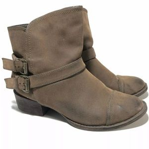 Rocket Dog Size 6.5 Brown Slip On Ankle Booties